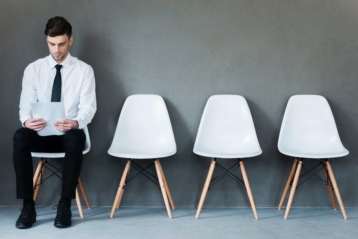 Como ingressar, se manter e se recolocar no mercado de trabalho